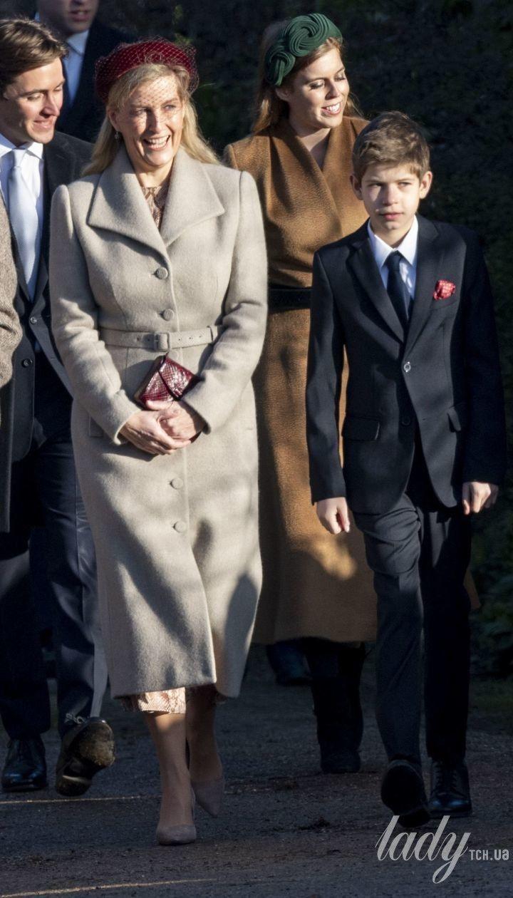 Графиня Софи, принц Эдвард и их дети в Сандрингеме
