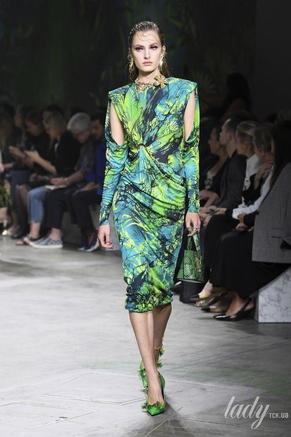 Коллекция Versace прет-а-порте сезона весна-лето 2020_18