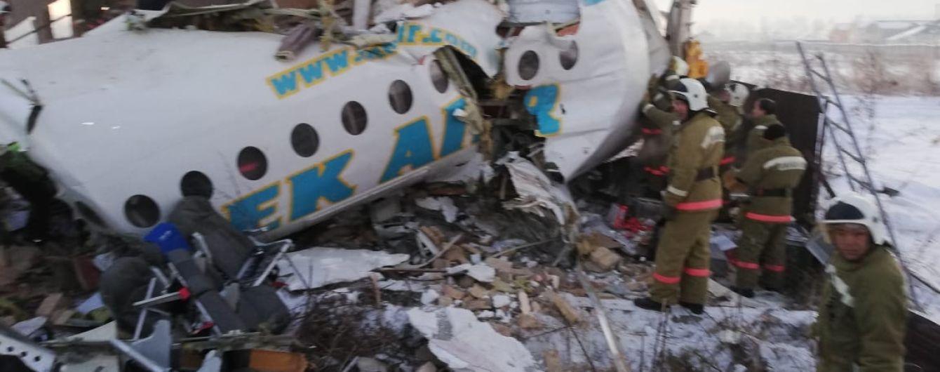 В аеропорту Алмати уточнили інформацію щодо жертв авіакатастрофи: загиблих уже 14