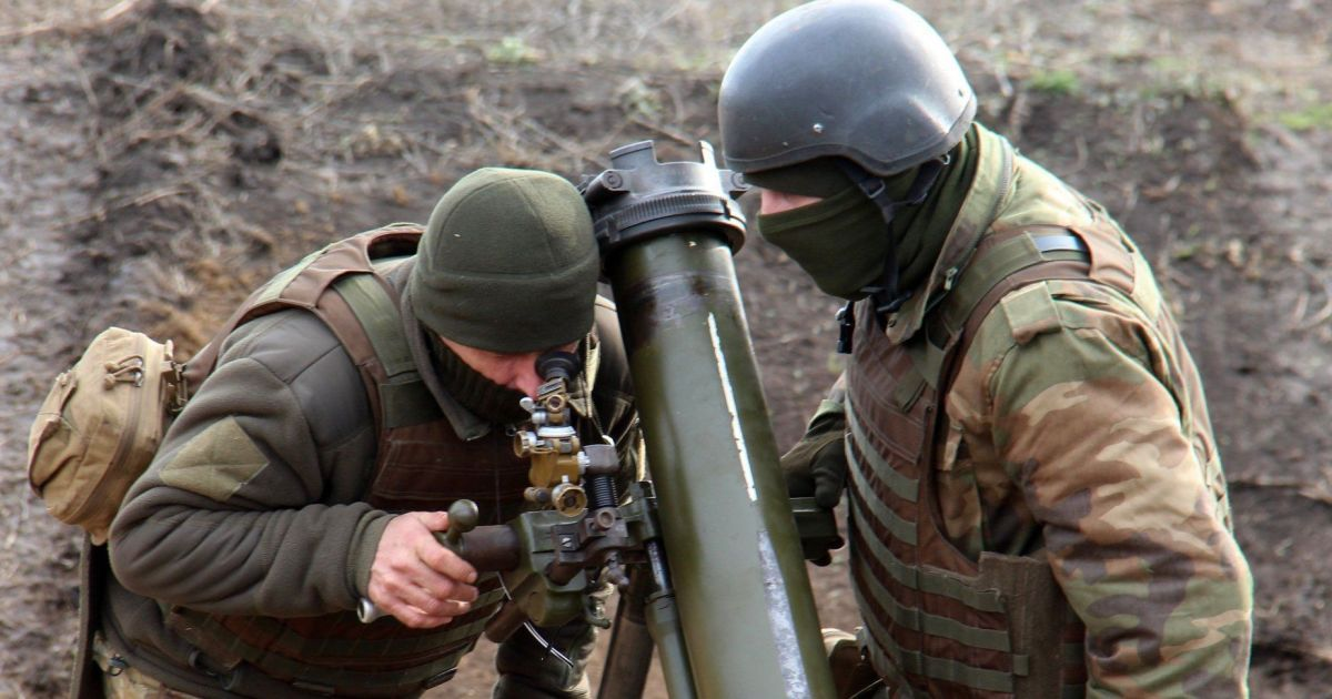 Ситуация на фронте: боевики вели огонь возле Шумов и Катериновки
