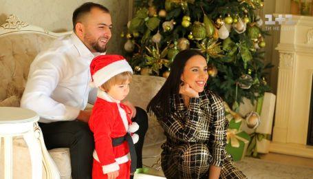 Интервью с Джамалой и семейная новогодняя фотосессия певицы