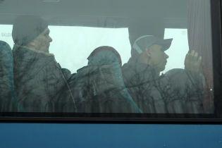 Служба безпеки повідомила, скільки українців незаконно утримують на Донбасі