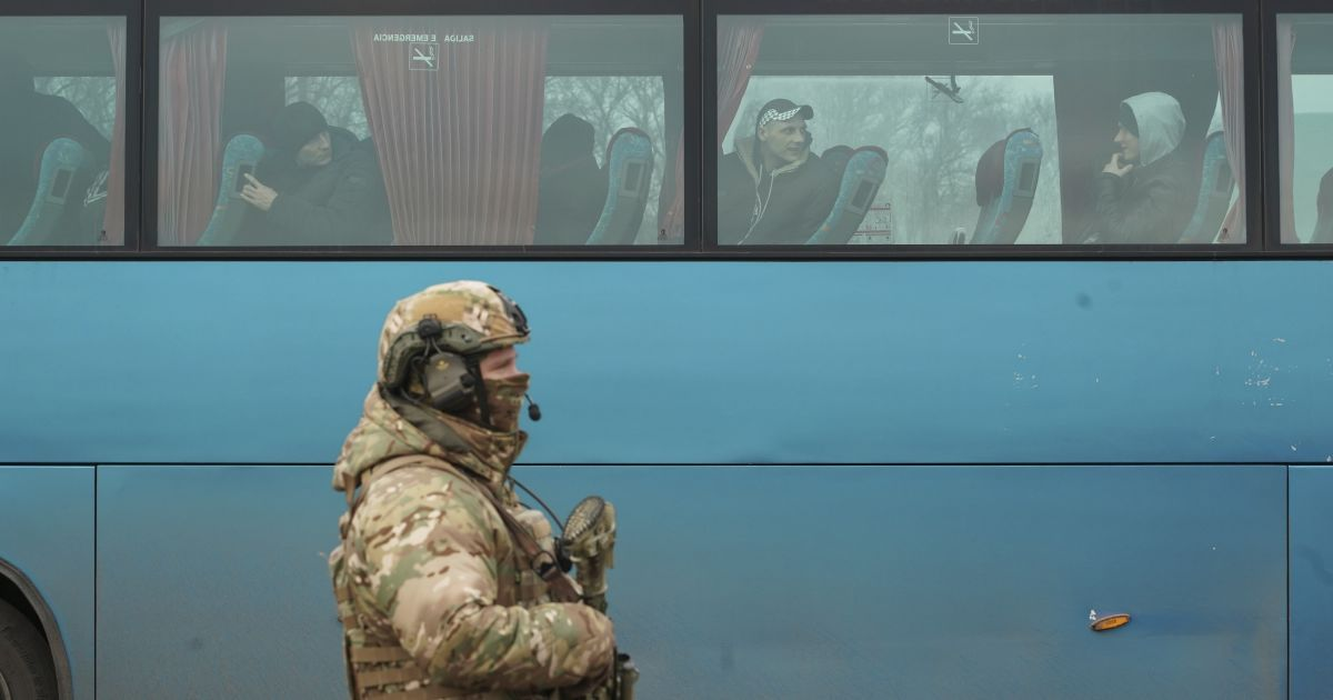 Денисова назвала маршруты, по которым боевики могут передать украинских пленных