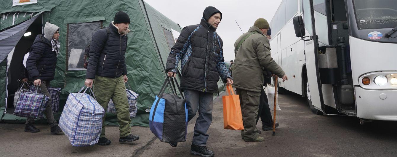 В українській делегації в ТКГ назвали ймовірну дату нового обміну ув'язненими: дедлайн до Різдва