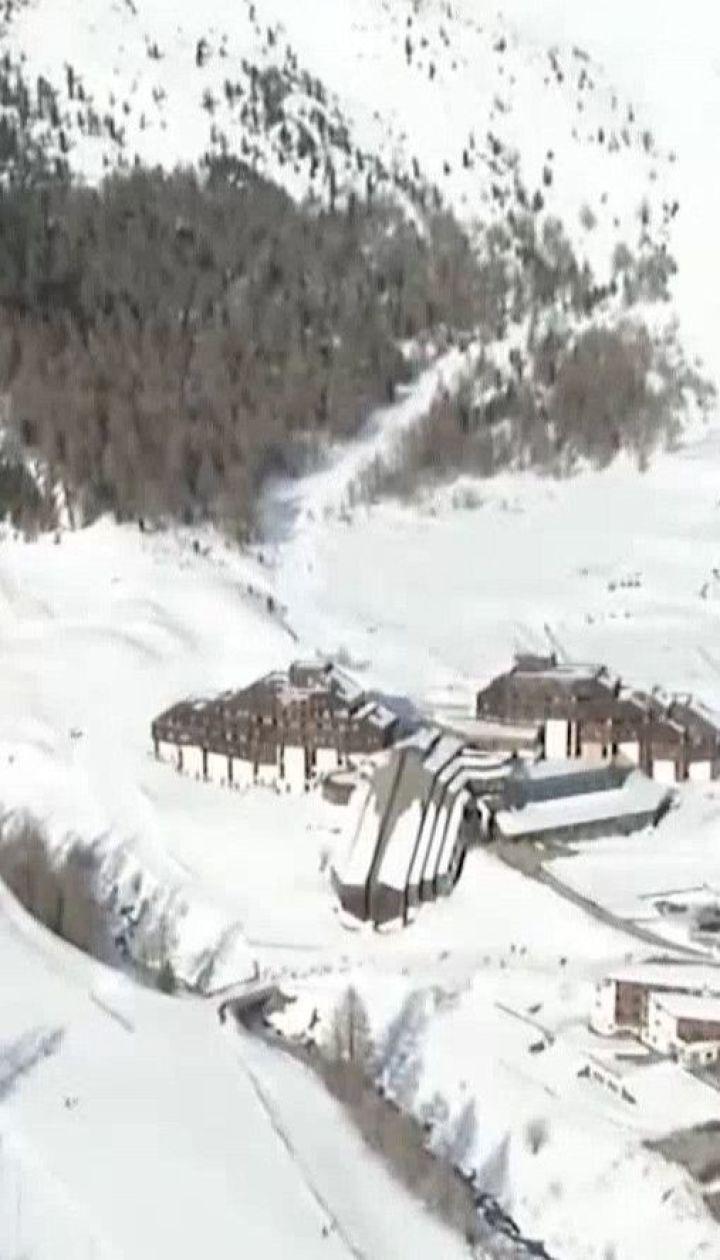 Двое детей и женщина погибли под лавиной в Альпах Италии