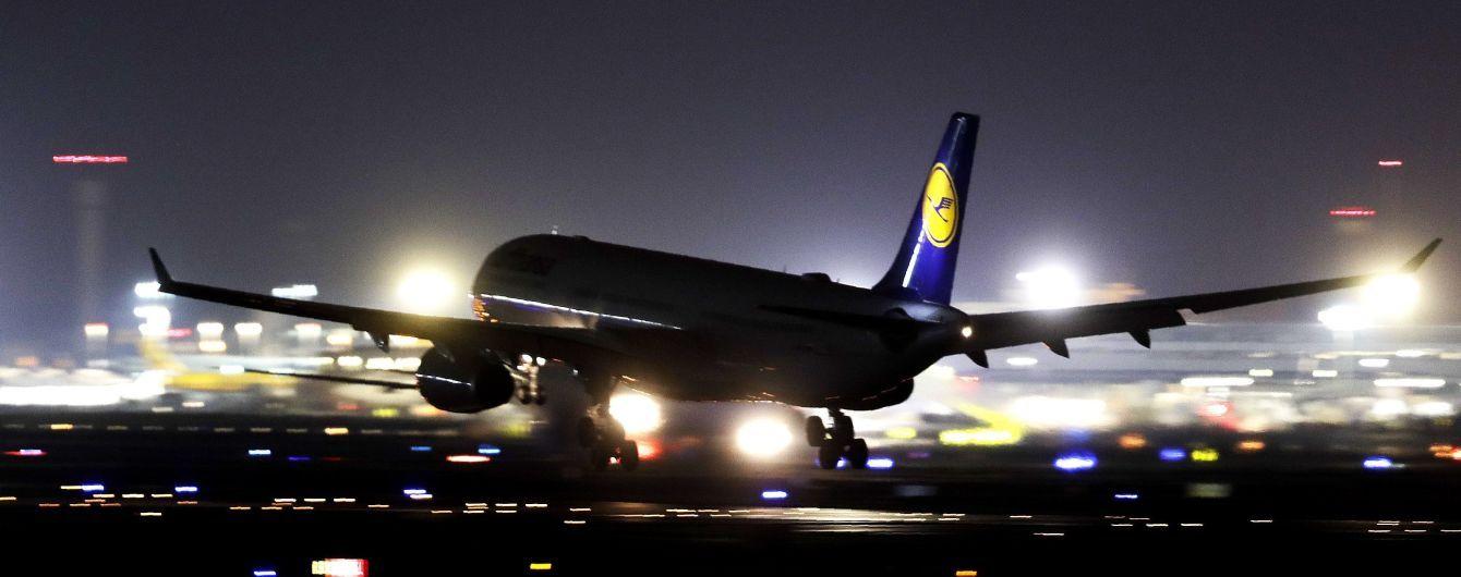 Через новорічний страйк бортпровідників дочки Lufthansa скасовано 170 авіарейсів
