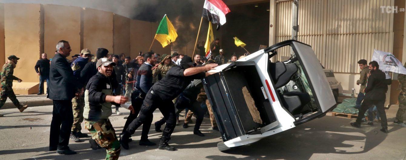 Беспорядки в Багдаде: посла США эвакуировали из дипломатической миссии