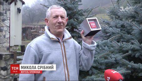 Те, кто впечатляют: житель Кременца весной высадил за свой счет 10 тысяч нарциссов