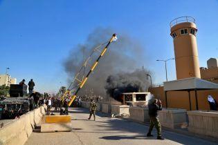 Посольство США в Ираке атаковали ракетами: три из них нанесли прямой удар - СМИ