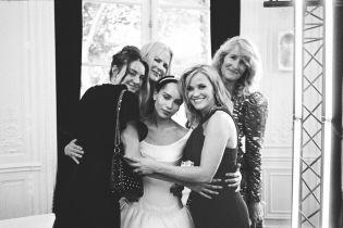 Актриса Зои Кравиц умилила первыми фото с тайной свадьбы