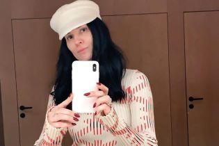 У білій кепці і светрі з принтом: Маша Єфросиніна проводить зимові канікули в Австрії