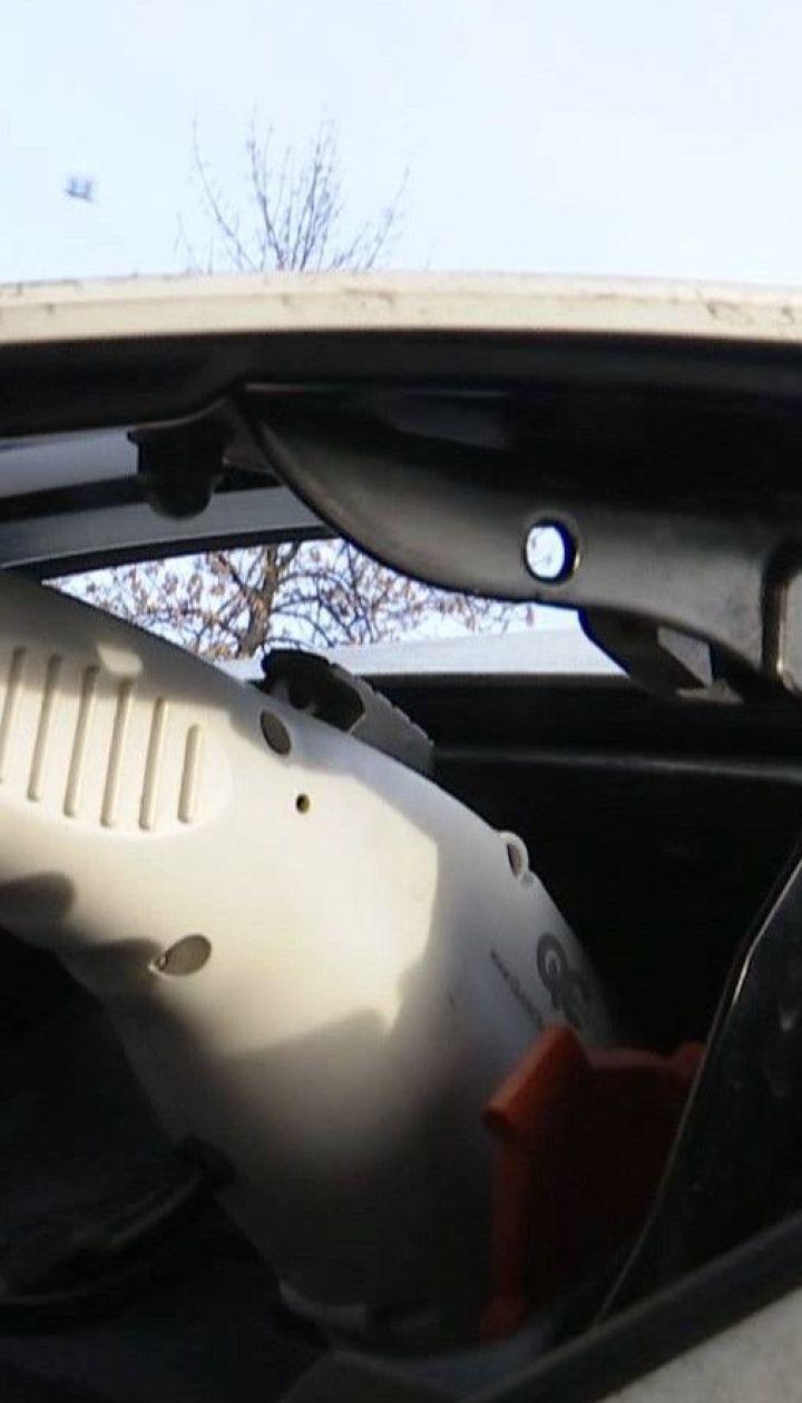 Водителям бензиновых и дизельных авто отныне запрещено парковаться на местах для электрокаров