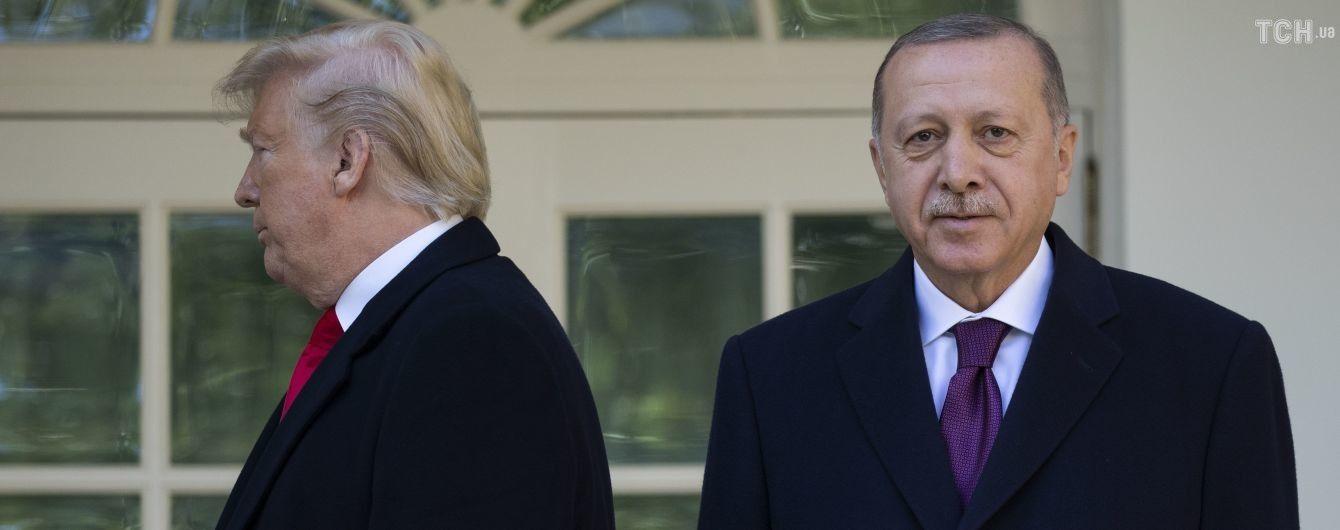 Трамп предостерег Эрдогана относительно военного вмешательства в Ливию