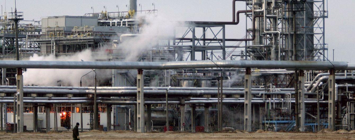 Росія зупинила постачання нафти до Білорусі