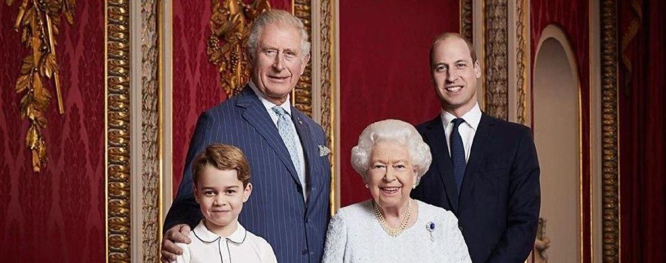 Британська королівська родина привітала всіх з новим десятиліттям сімейними портретом