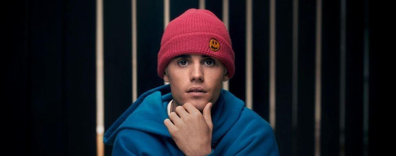 После четырехлетней паузы Джастин Бибер выпустил lyric-видео на новый трек
