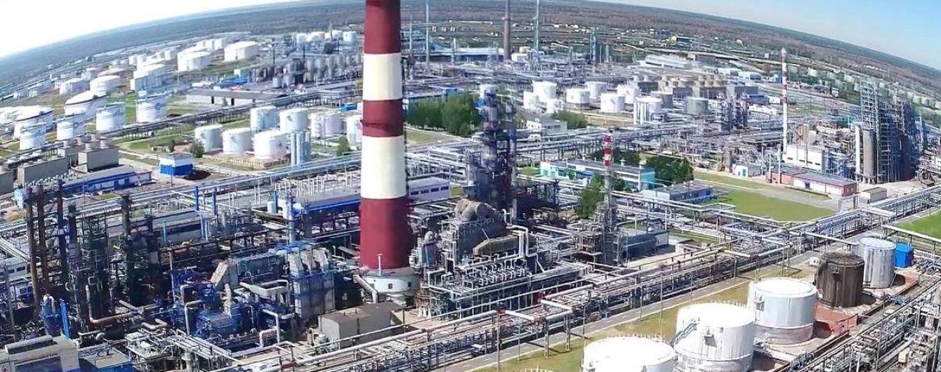 У Білорусі заявили про укладення контракту на постачання нафти з Росії