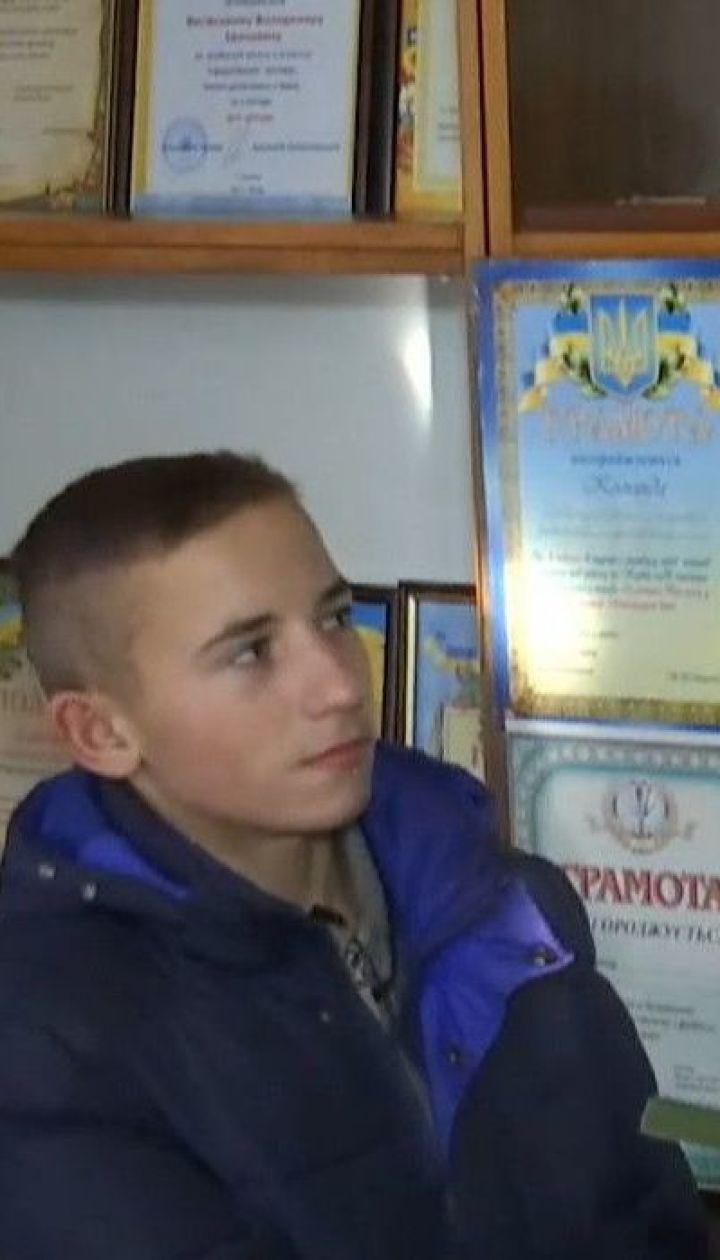 Відважний порятунок: на Житомирщині школяр вивів з охопленого димом будинку 88-річну жінку