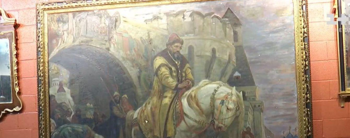Истерзанная и хрупкая: картину художника Панина, вывезенную нацистами, вернули в Украину в ужасном состоянии