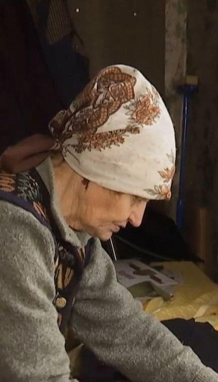 Тысячи пар валенок и рукавиц для бойцов сшили две пенсионерки из села возле Кропивницкого