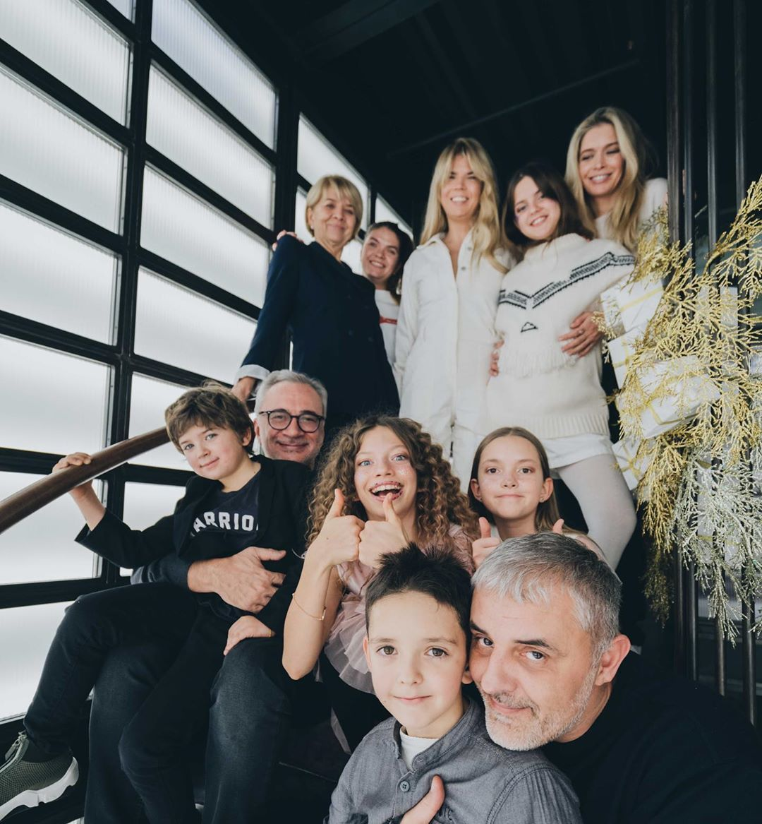 Віра Брежнєва з родиною