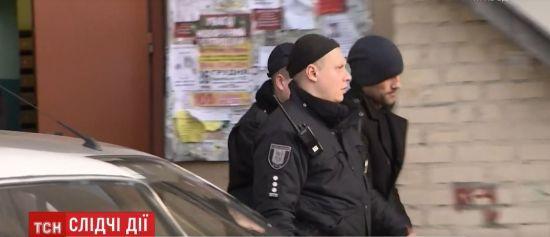 У Києві поліція привела на місце злочину підозрюваного у вбивстві двох дівчат