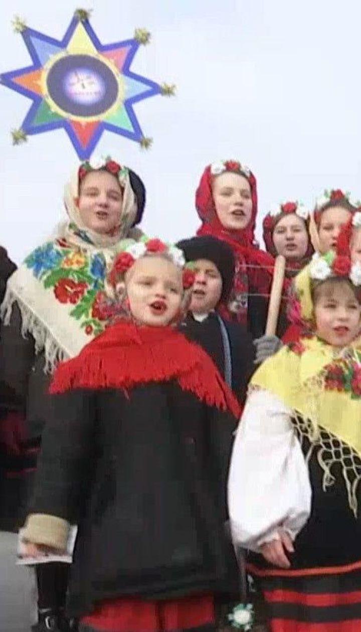 """В """"Пирогово"""" третий год подряд отмечают Рождество по древним украинским традициям"""
