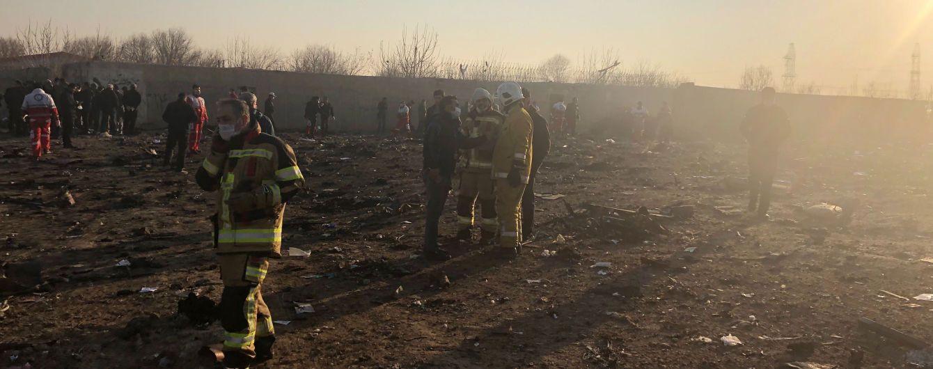 Авиакатастрофа самолета МАУ под Тегераном. Расследователи Bellingcat рассмотрят версию попадания ракеты