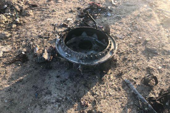 """Україна зможе розшифрувати """"чорні скриньки"""" збитого в Ірані літака МАУ – Данілов"""