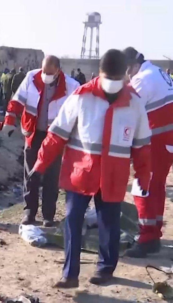 Авіатроща в Тегерані: що відбувається на місці падіння
