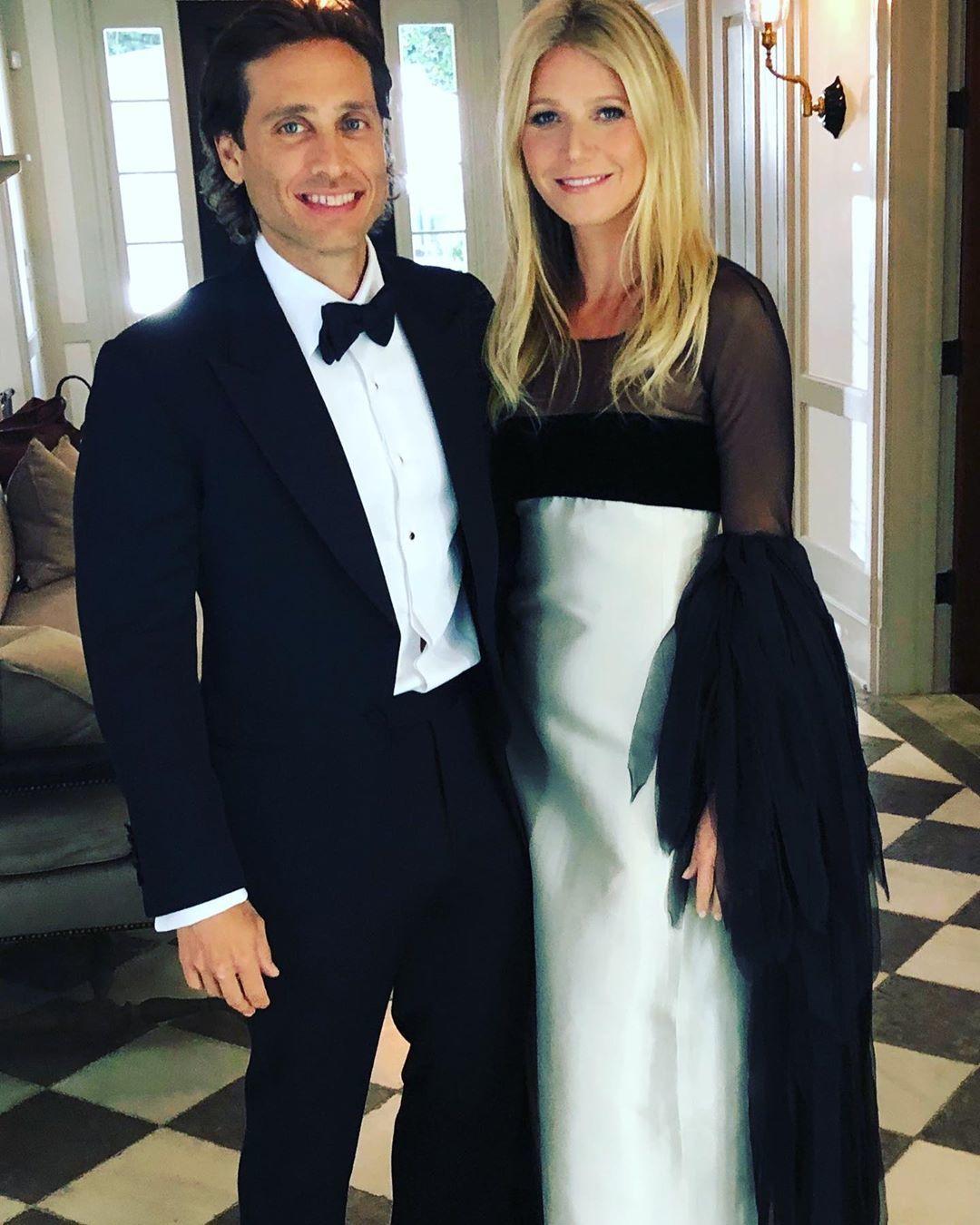Гвінет Пелтроу з чоловіком