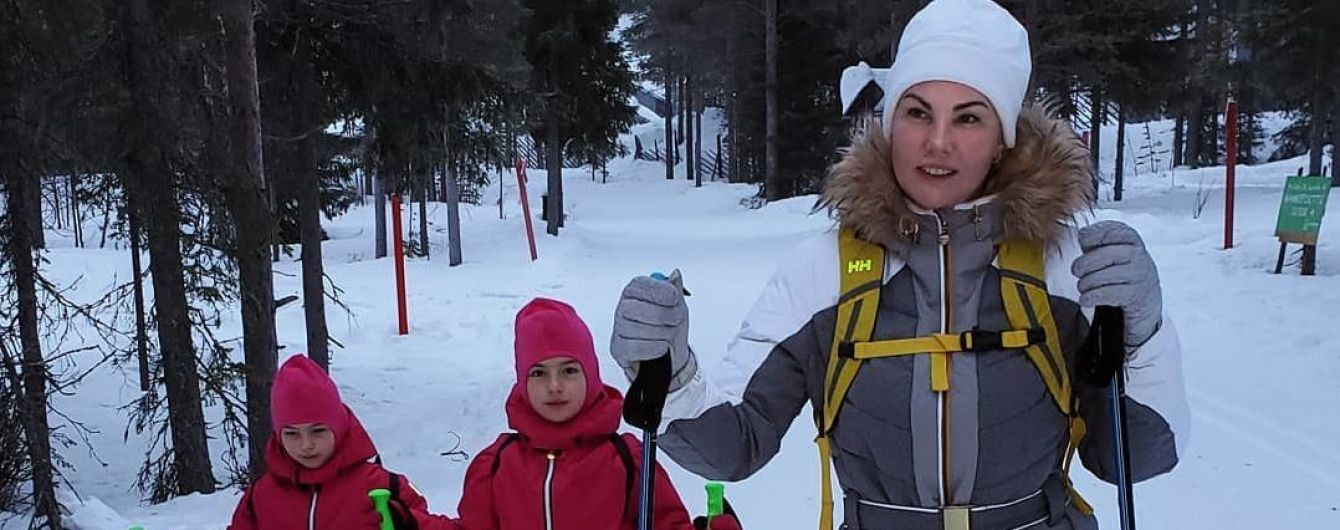Камалия на лыжах похвасталась дебютом своих шестилетних дочерей