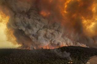 В Австралии возросло количество жертв масштабного пожара - погиб еще один огнеборец