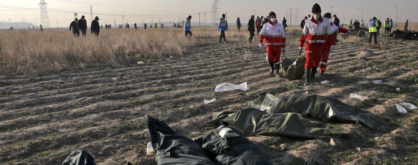 """""""Черные ящики"""" сбитого самолета МАУ прибыли во Францию: как будет происходить расшифровка"""