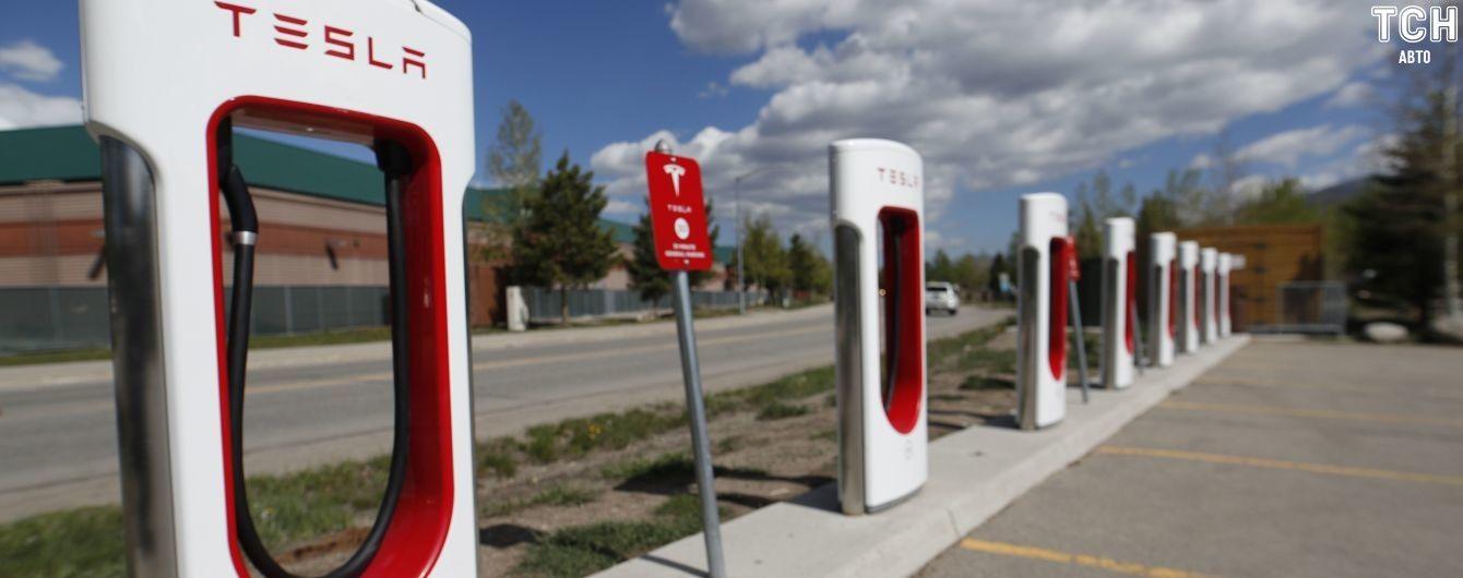 Tesla незабаром відкриє перші зарядки в Україні. Що відомо