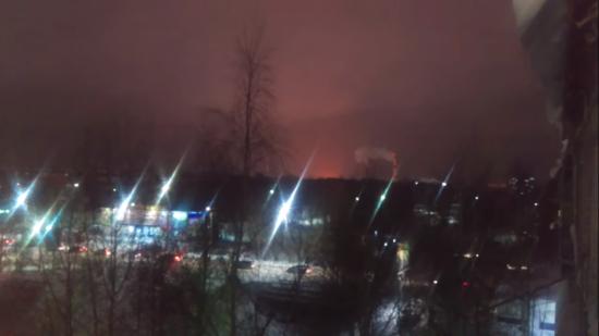 У РФ масштабно горить нафтопереробний завод