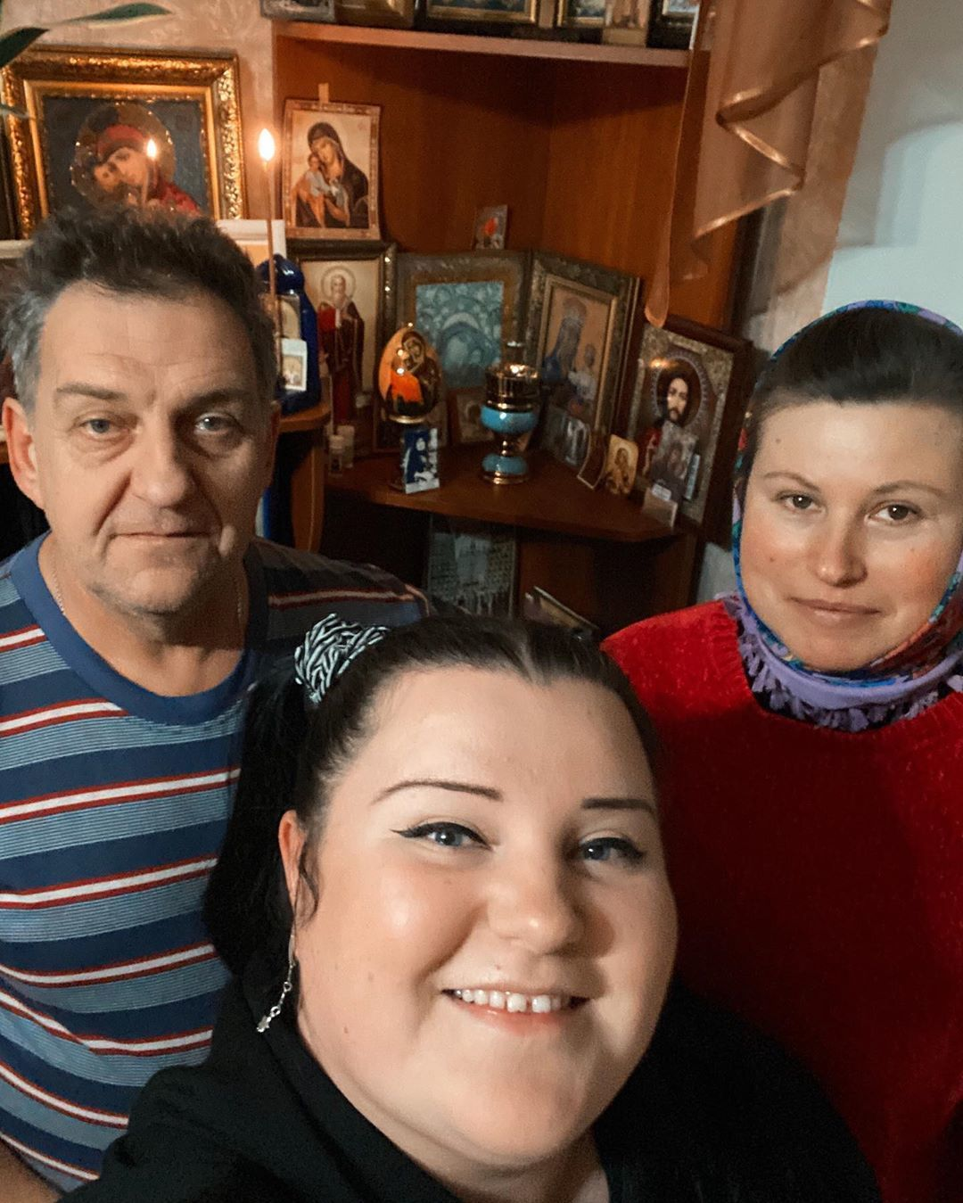 alyona alyona з батьками