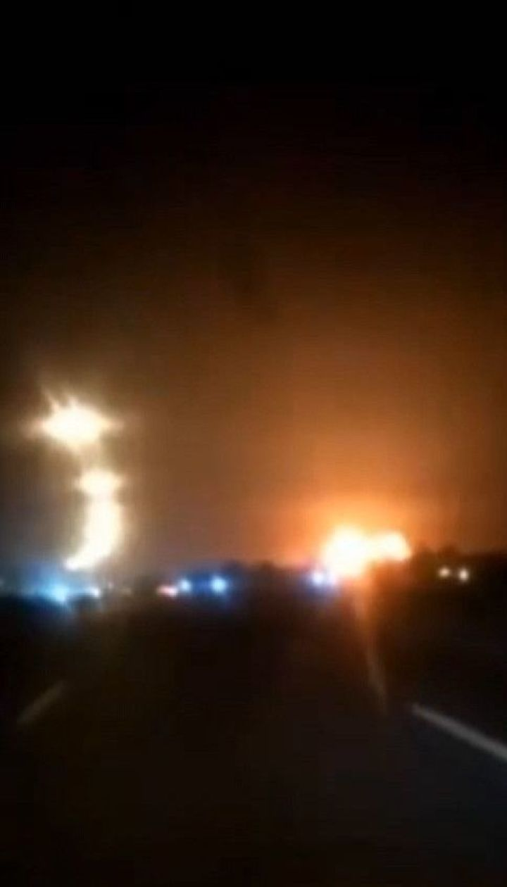Два новых видео падения украинского самолета в Тегеране появились в Сети