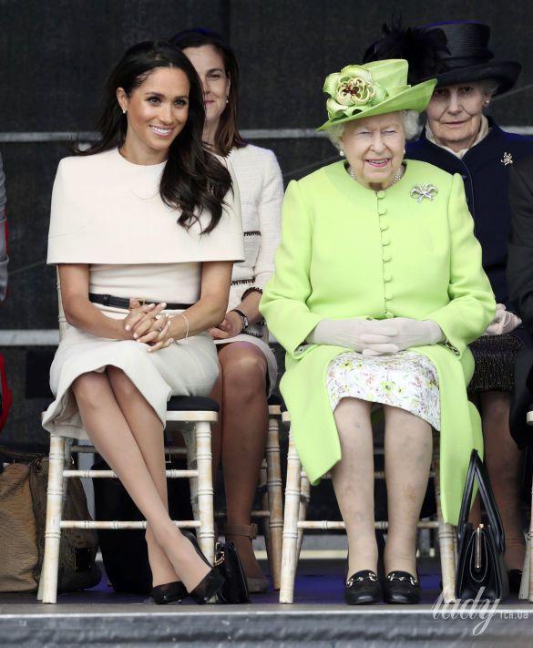 Герцогиня Меган и королева Елизавета II_1