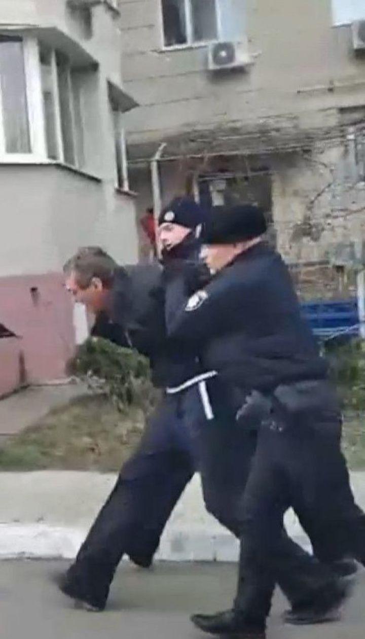 Пьяный мужчина стрелял из охотничьего ружья по детям в Одессе