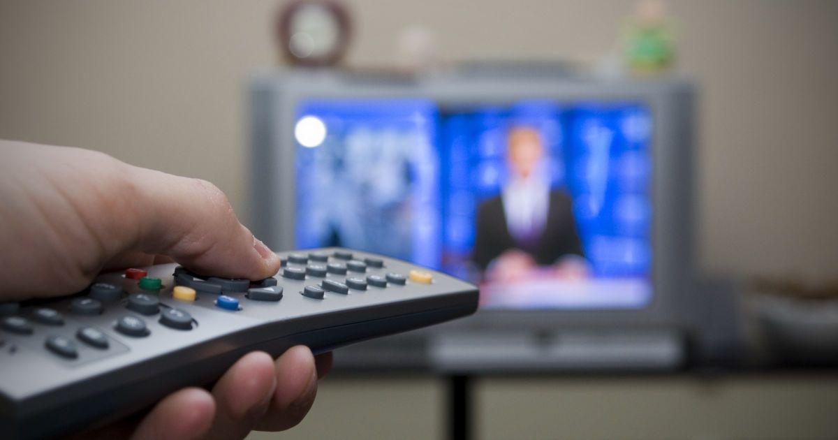 Незаконно транслювали телеканали: у Сумській області депутату сільради та підприємцю загрожує тюрма