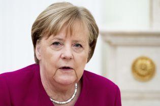 Меркель получила результаты второго теста на коронавирус