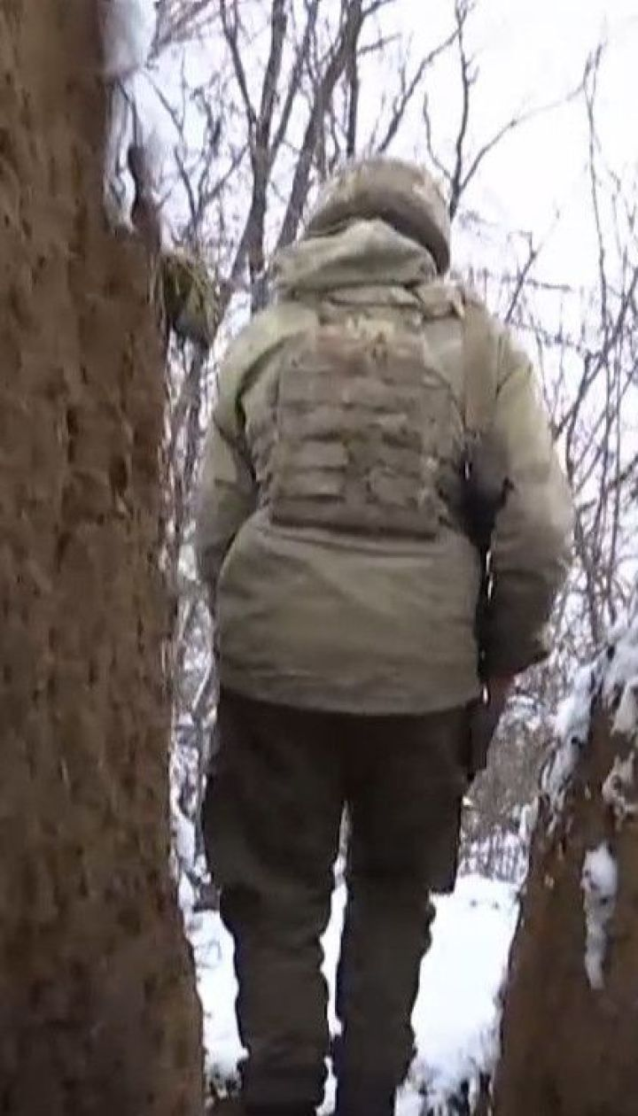 На Луганщині по українських бійцях стріляють зі ствольної артилерії, мінометів та стрілецької зброї
