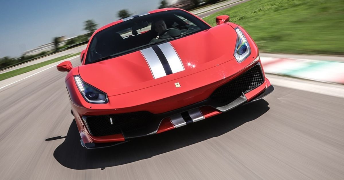Ferrari 488 Pista @ carmagazine