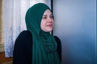 Российские правоохранители отпустили крымскотатарскую активистку после допроса