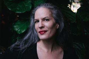 """Українською вийде роман """"Із синтезу"""" відомої канадської письменниці Кароліни Жорж"""