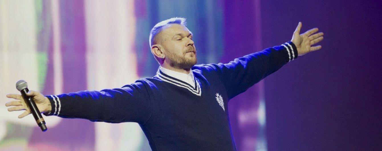Співака Положинського допитали у справі вбивства журналіста Шеремета