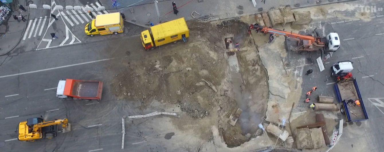 ТСН показала нові кадри початку затоплення Ocean Plaza в Києві
