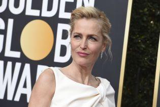 51-летняя Джиллиан Андерсон призналась, почему живет порознь с любимым