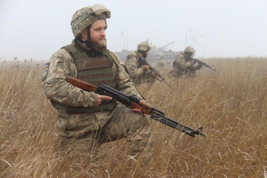 Українські військові придушили потужний обстріл бойовиків із забороненої великокаліберної зброї